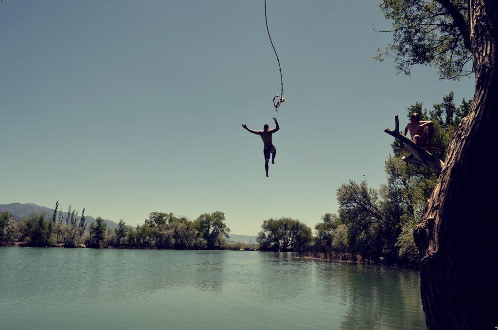 jump, water, rope swing-1209647.jpg